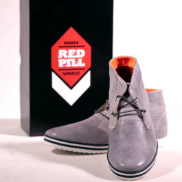 Botas Grey dope RED PILL