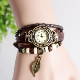 Relógio com bracelete retro vintage