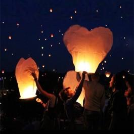 Balão Voador em forma de coração